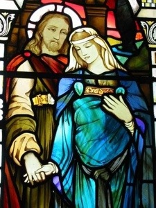 Jesus and Mary Magdalene holding hands.jpg